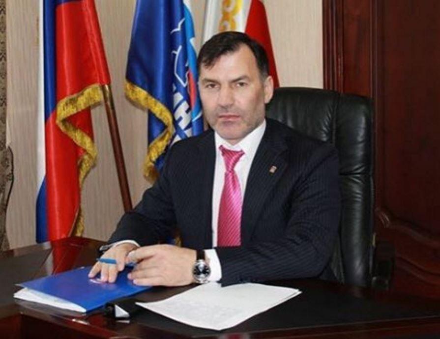 Поздравление министра Черхигова с днем Конституции России