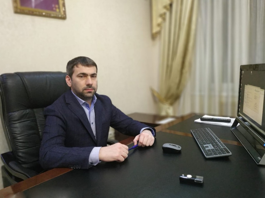 Сегодня у заместителя министра Мусы Абдул-Вахабова день рождения